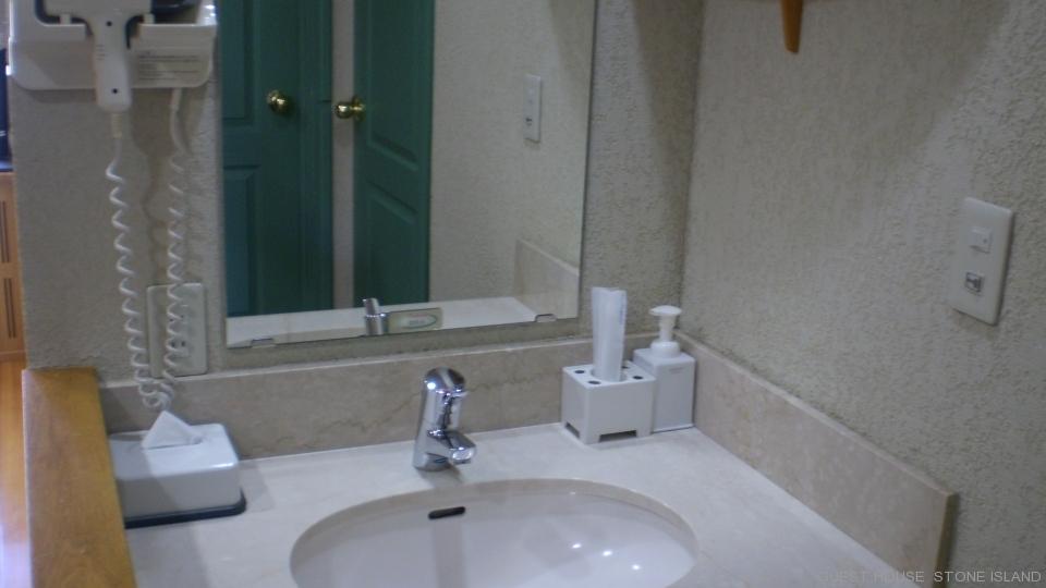 客室洗面所